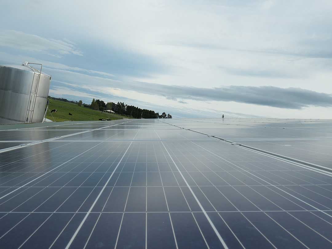 Kirriemuir-Farm-Winton-Sunergy-Solar-installation-P1070785-1080p