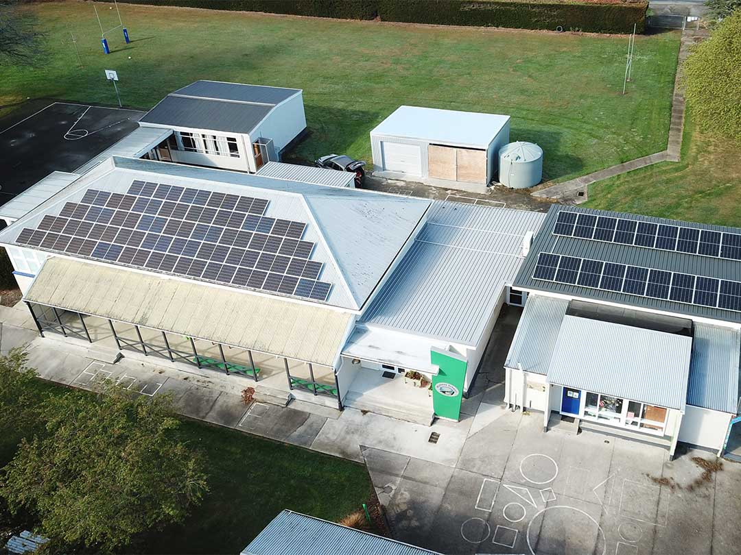 solar panel installation on Maheno school
